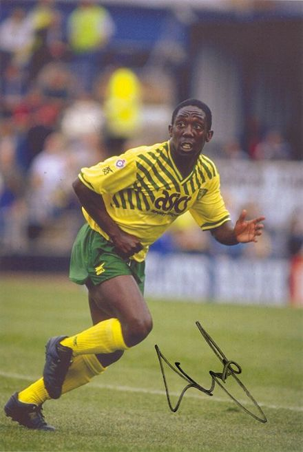 Ruel Fox, Norwich City, signed 12x8 inch photo.